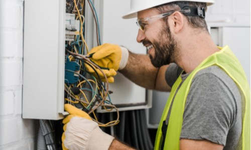 Electricians Mate